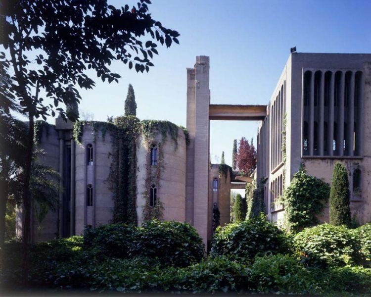 arquitectura-La Fabrica-Bofill-vista fachadas