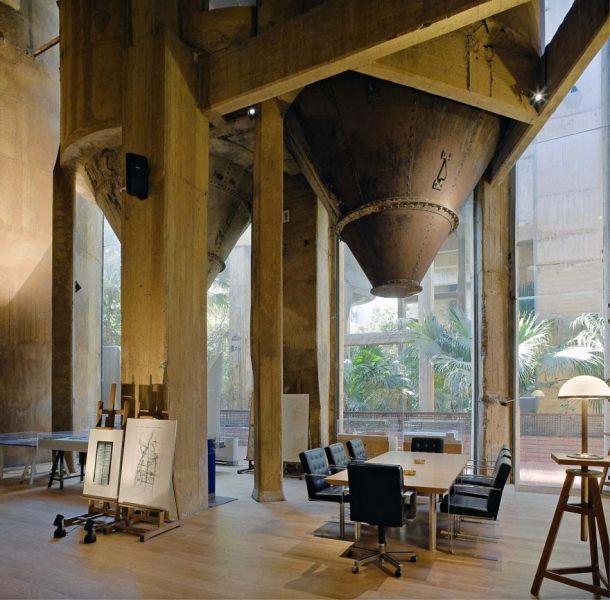 Arquitectura_La Fabrica_Bofill_la Catedral interior elementos