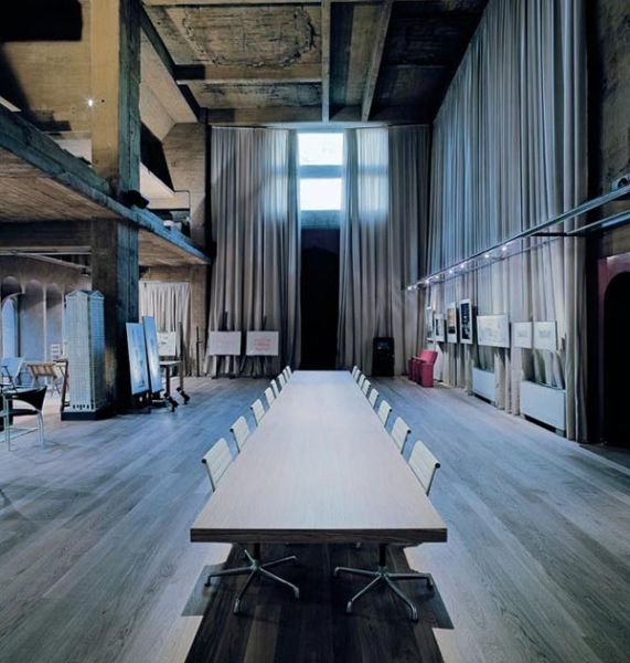 Arquitectura_La Fabrica_Bofil_sala reuniones