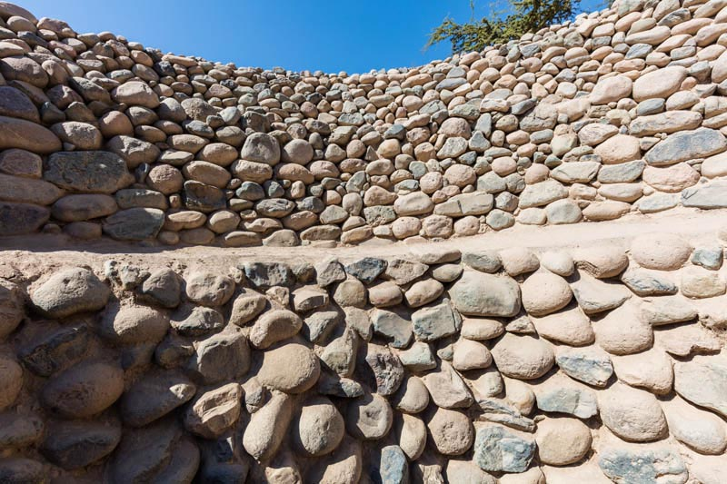 Architecture_Aqueducts-of Nazca_detail pebble