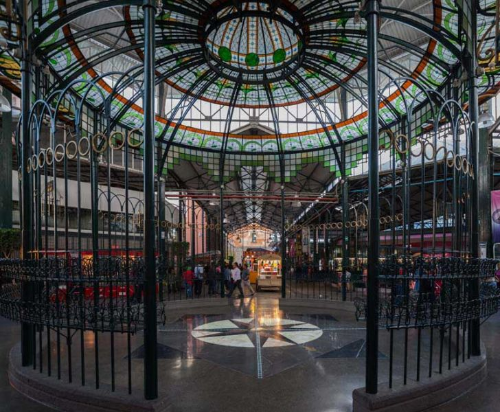 Arquitectura_Antiguo_Mercado_de_la_Victoria,_Puebla,_México_interior otra vista