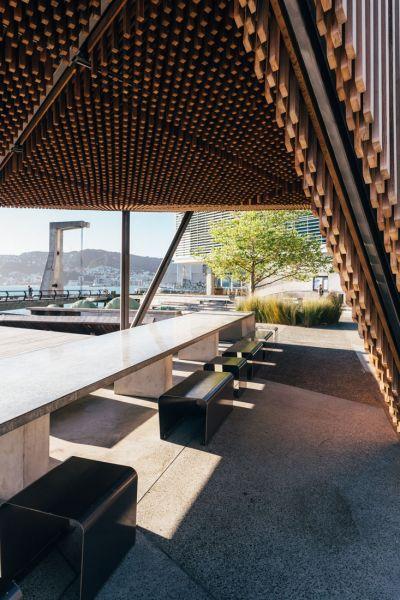 arquitectur_y_empresa_kumutoto_bancos det