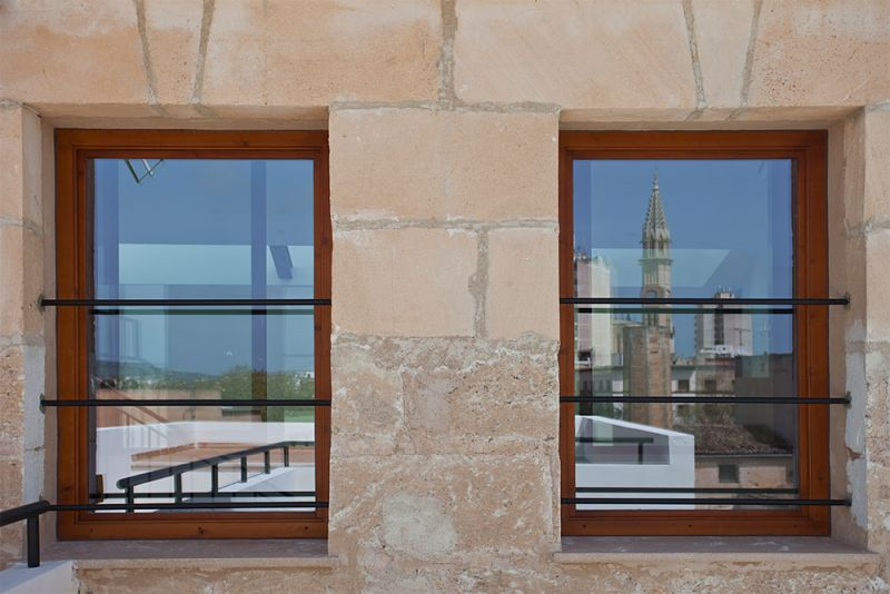 arquitectura gmm centro salud mental estel de llevant detalle ventana