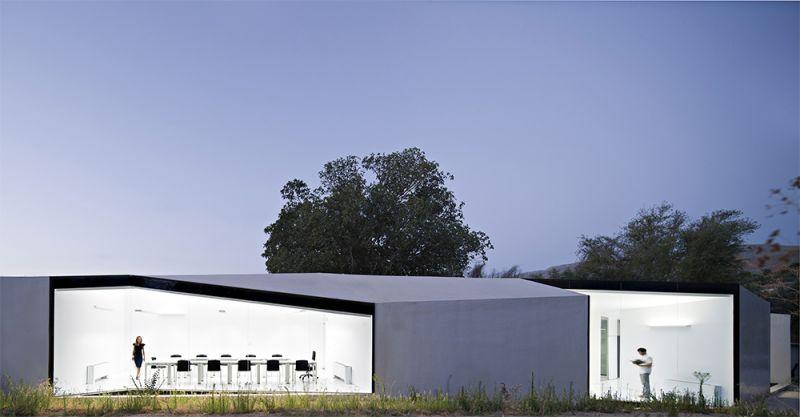 arquitectura centro de biodiversidad agricola loja alzado exterior gran ventanal