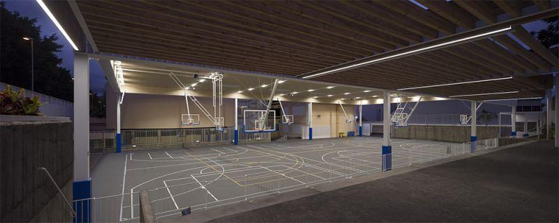 arquitectura equipo olivares cubierta ligera colegio hispano ingles foto cancha deportiva
