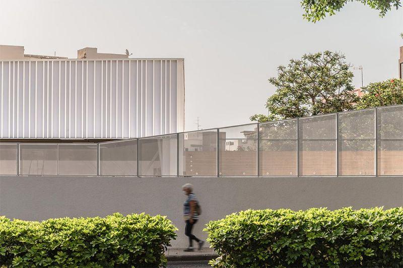 arquitectura equipo olivares cubierta ligera colegio hispano ingles foto exterior detalle