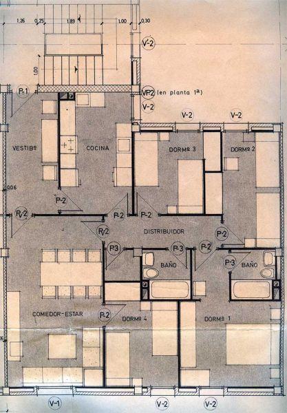 FIG. 4: Vicente Valls, Joaquín García Sanz, viviendas en el polígono Caramanxel, tipo T86 para ocho personas, 81,11 m2 (Alcoi, 1973)