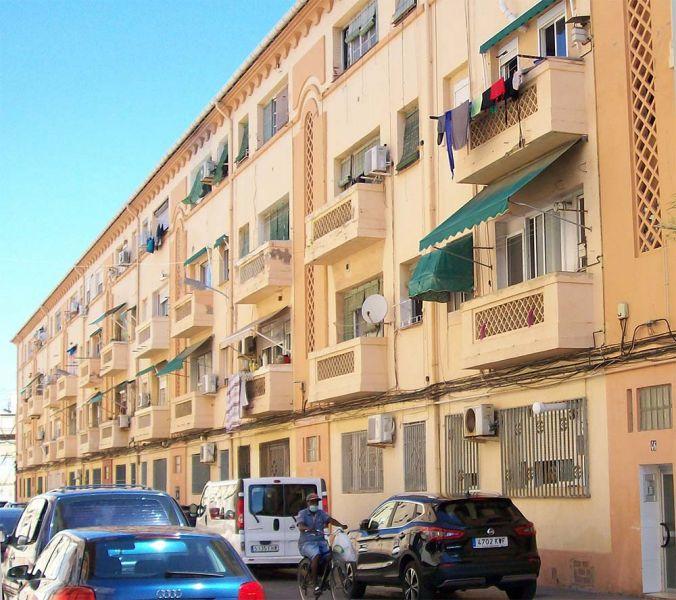 FIG. 5: E. Alegre, V. Bueso: Grupo de Viviendas de promoción pública en La Malvarrosa (València, 1949, 1952-59)