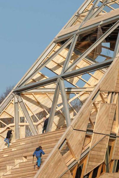 torre pompejus de accoya foto detalle escaleras