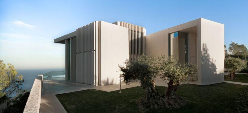 Casa Sardinera Ramón Esteve Estudio y Accoya acceso lamas