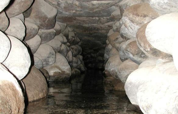 Arquitectura_Acueductos-de Nazca_vista-interna galeria