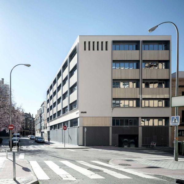 arquitectura ADOM studio NEN Nuevo Edificio Noreña Accoya fotografia frontal