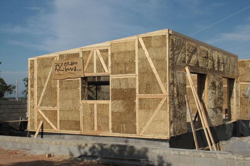 Arquitectura sostenible paneles prefabricados de paja - Prefabricados de madera ...