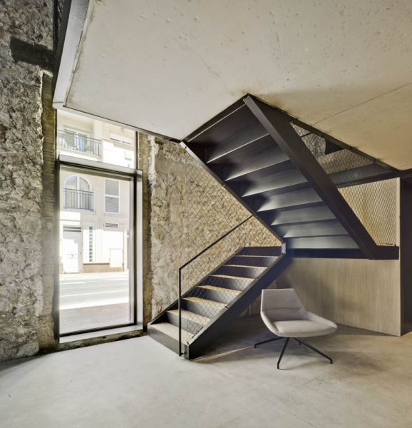 Arquitectura almacenPesquero_Santa Pola_Encuentro forjado y escalera