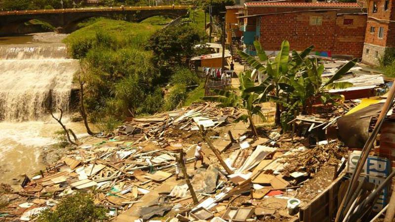 Arquitectura_rehabilitación de basureros en parques_imagen antes