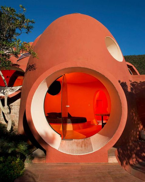 Maison Bernard de Antti Lovag arquitectura orgánica fotografia ventana ojo abierta