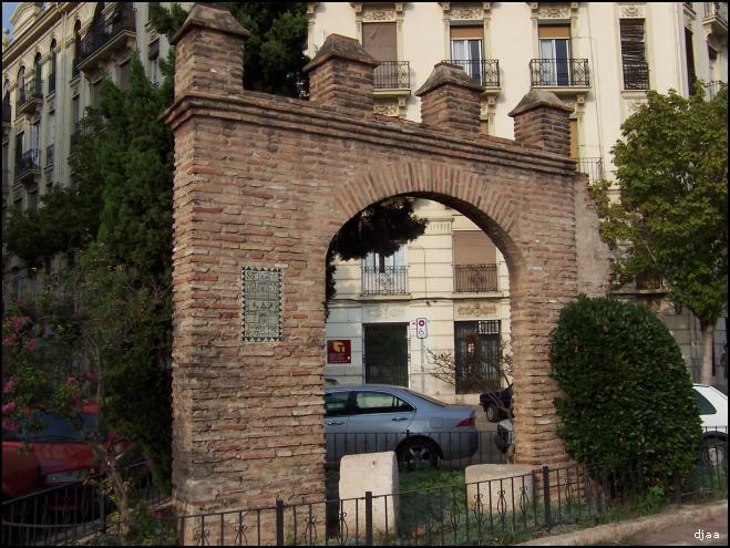 Aquitectura piedras del antiguo molino de la Torreta en el arco
