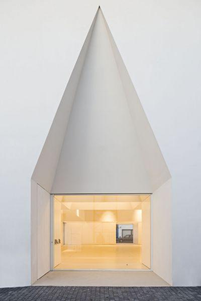 arquitectura_Aries Mateus_centro reuniones_detalle fachada1