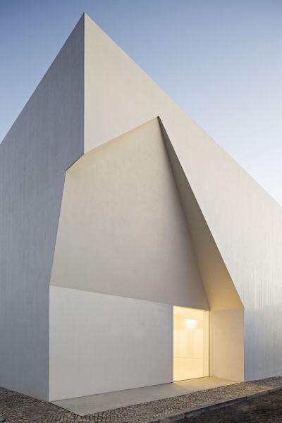 arquitectura_Aries Mateus_centro reuniones_detalle fachada2