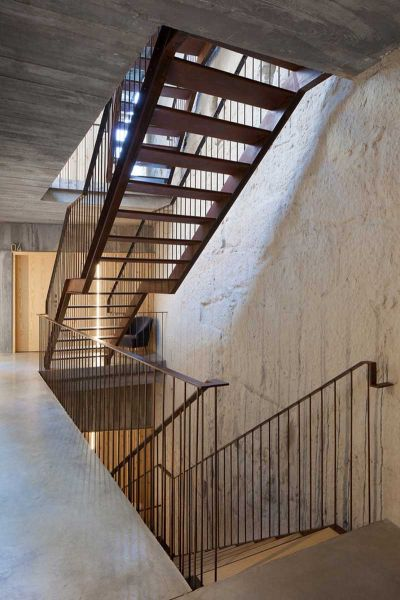 Arquitectura_Hotel armazem_imagen escalera