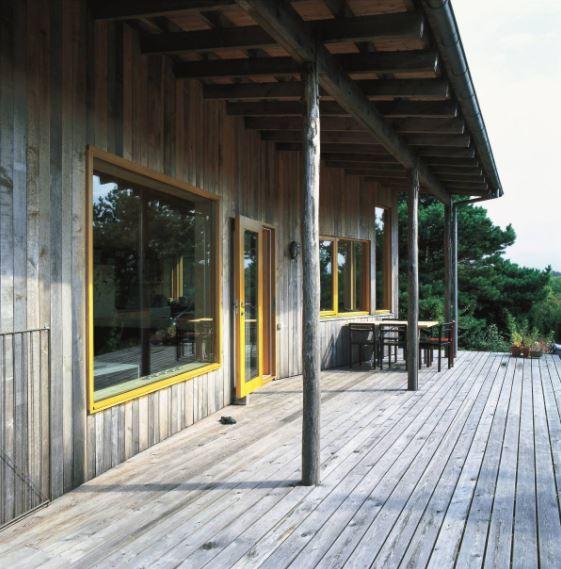arquitectura_Arne Henriksen_Cabaña Koster_porche.jpg