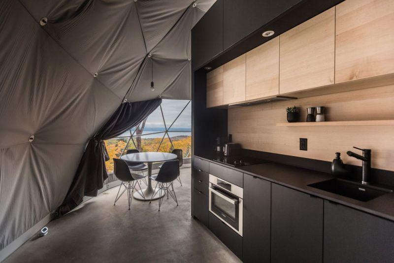 arquitectura Bourgeois/Lechasseur Architectes Dômes Charlevoix fotografia interior cocina comedor