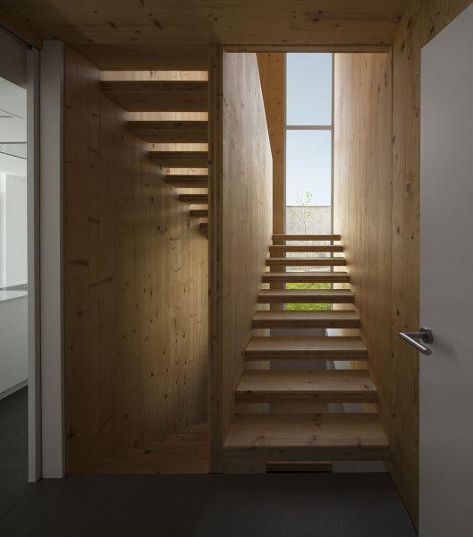 arquitectura BXD Arquitectura casa MG fotografía Alejo Bagué escalera