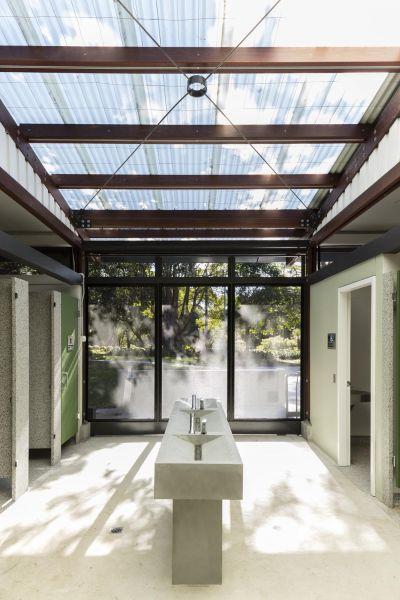 arquitectura_Cabarita_SamCrawfordArch_baños