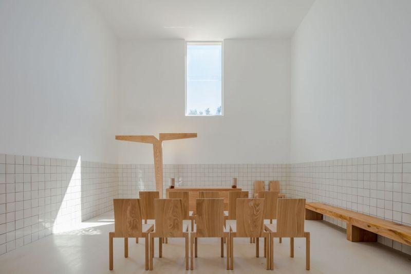 arquitectura_capela_do_monte_siza_5.jpg