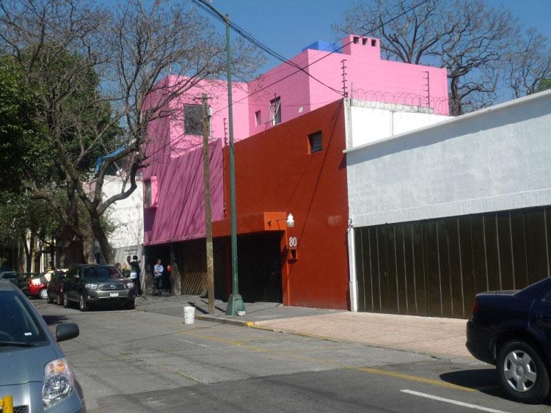 Arquitectura Barragán fachada casa gilardi
