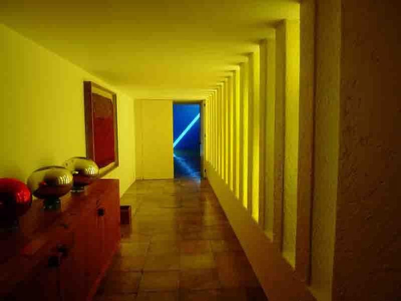 arquitectura Barragán visión pasillo