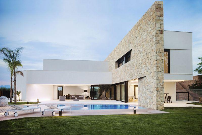 arquitectura Chiralt arquitectura CHE Cuepor Huecos Estructurales proyectos Cumbres exterior piscina