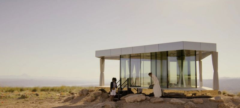 arquitectura la casa del desierto ofis architects guardian glass black mirror exterior rodaje
