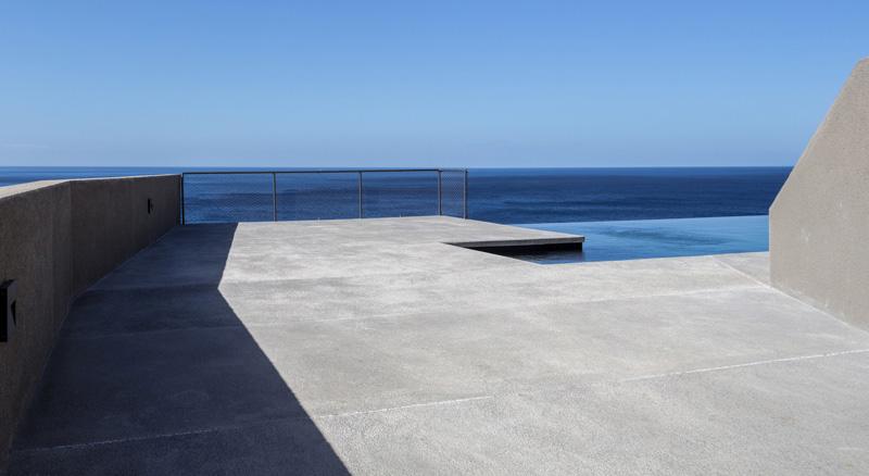 Arquitectura_Casa en el Puerto de la Madera Tacoronte,  Rehabilitación_ vistas piscina Oceano hormigón