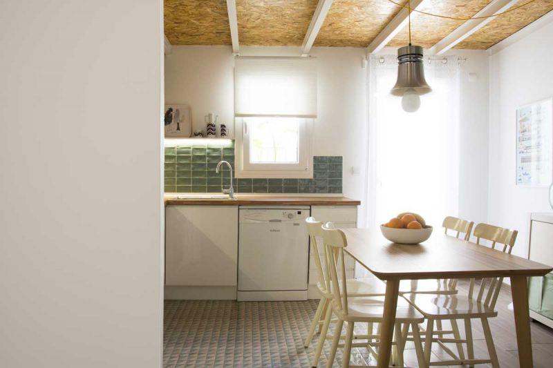 Casa LD de Miguel Torres Aranda + Estudio Veinteporveinte en el cabañal Valencia fotografia cocina