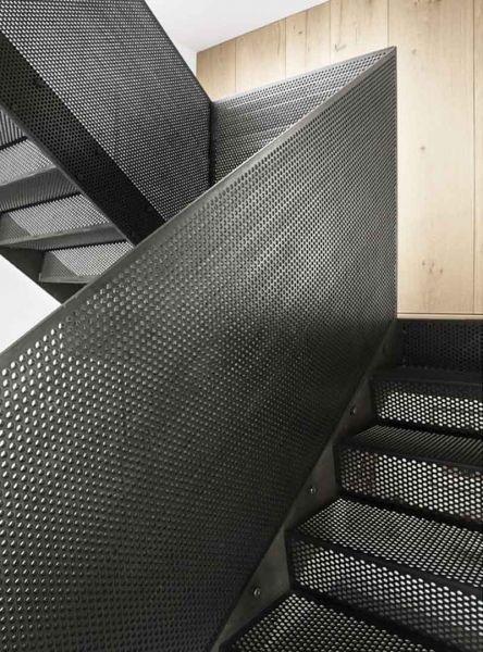 Arquitectura_Casa para Peter Krasilnikoff_detalle escalera