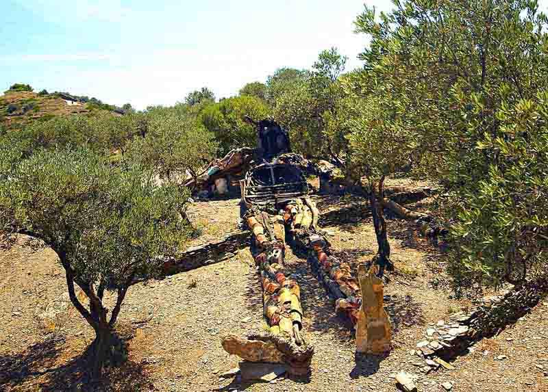 Arquitectura_Casa_Salvador_Dalí_de_Portlligat_(Cadaqués)cristo de los escombros