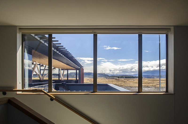 arquitectura_Centro Huemules_chile_ vista desde comunicacion vertical