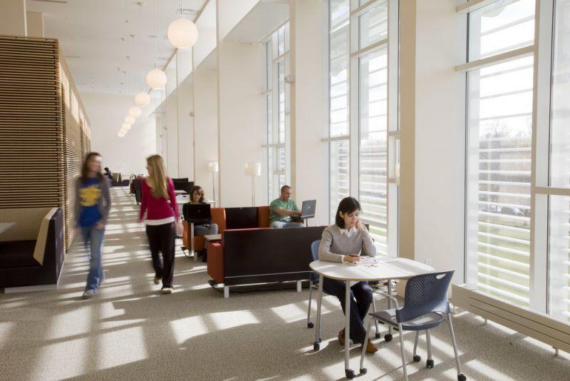 arquitectura_centros educativos perry dean_Research & Information Commons_interior