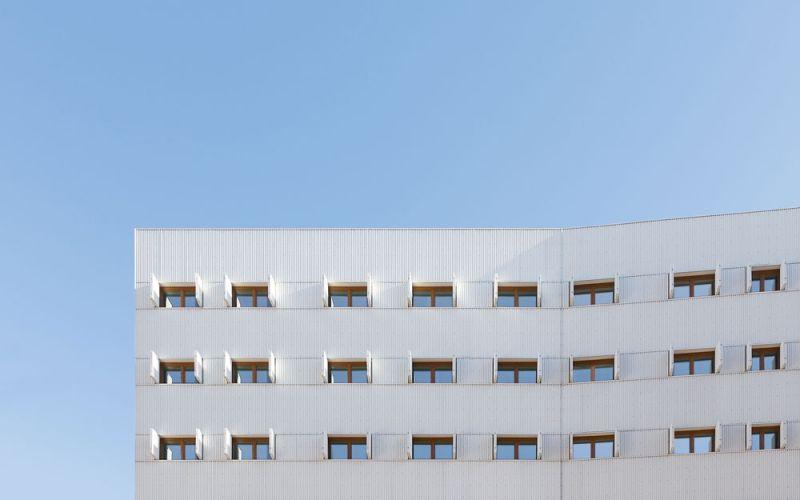 arquitectura Adelfas 98 Ruiz-Larrrea Asociados Entrevistas Arquitectura y Empresa Foto fachada detalles
