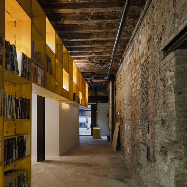 arquitectura ciclo de entrevistas de arquitectura y empresa CUAC arquitectura san jeronimo 17 foto pasillo