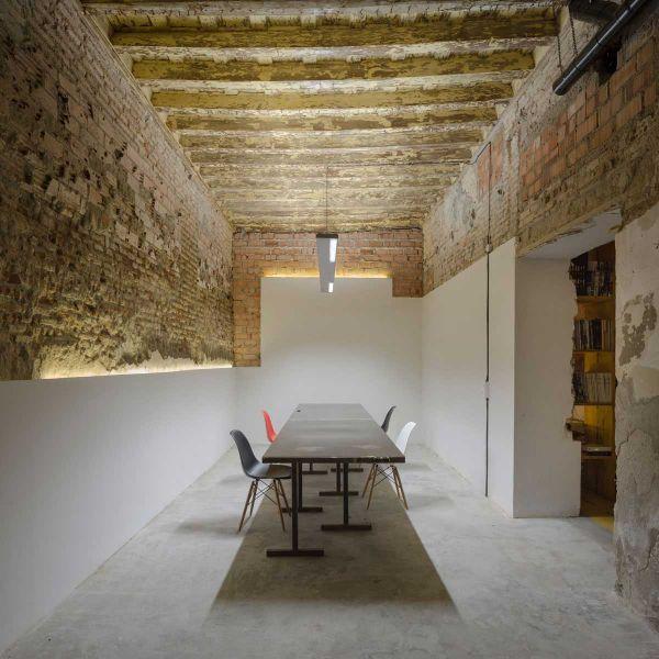 arquitectura ciclo de entrevistas de arquitectura y empresa CUAC arquitectura san jeronimo 17 foto sala reuniones