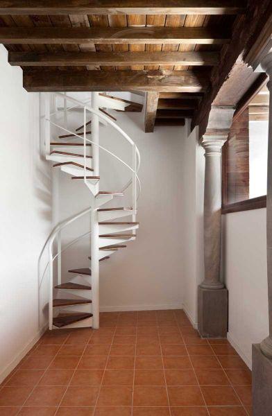 arquitectura ciclo de entrevistas exclusivas de arquitectura y empresa jorge molinero rehabilitación elvira 78 escalera