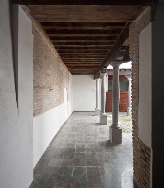 arquitectura ciclo de entrevistas exclusivas de arquitectura y empresa jorge molinero rehabilitación elvira 78 patio soportal