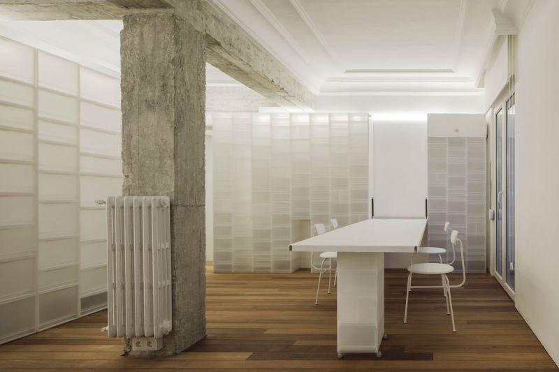 arquitectura serrano + baquero la casa desordenada foto cocina mesa