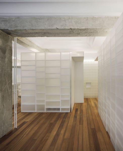 arquitectura serrano + baquero la casa desordenada pasillo distribuidor