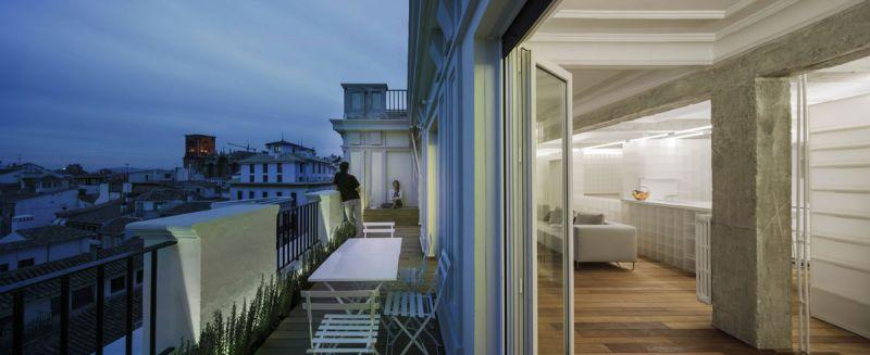 arquitectura serrano + baquero la casa desordenada terraza