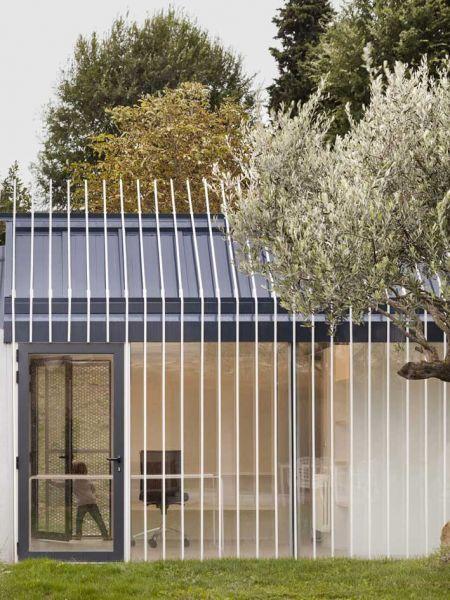 arquitectura y empresa ciclo de entrevistas exclusivas taller basico casa para un hombre y un arbol 02