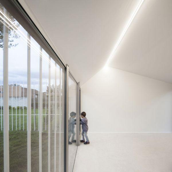arquitectura y empresa ciclo de entrevistas exclusivas taller basico casa para un hombre y un arbol 07