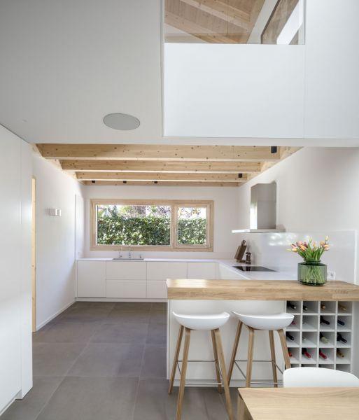 arquitectura alventosa morell arquitectes casa noa fotografia cocina doble altura